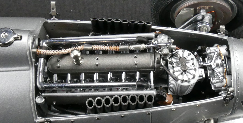 Auto Union Type C V16 Engin Ferdinand Porsche 1936  1937  1//18